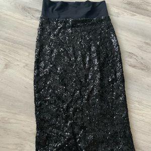 Bebe Xs sequin Skirt